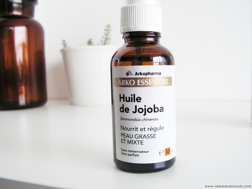 beaut nourrir peau et cheveux avec l 39 huile de jojoba. Black Bedroom Furniture Sets. Home Design Ideas