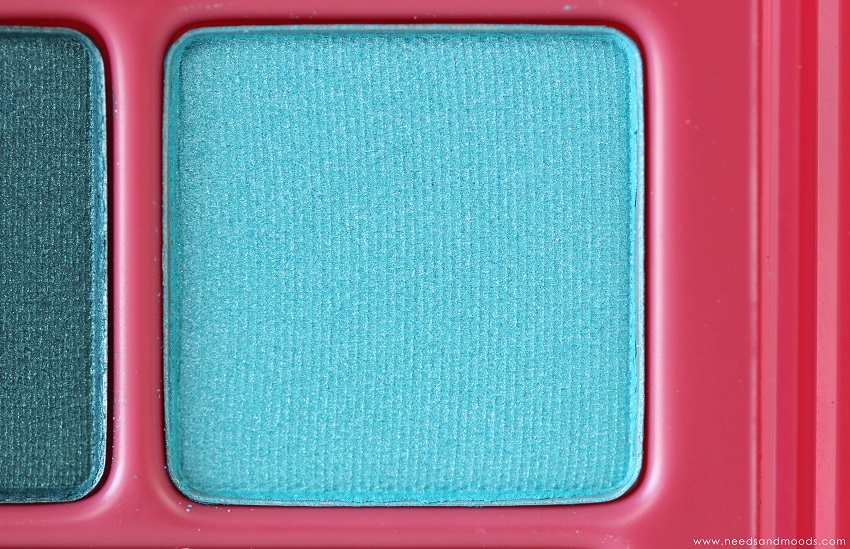yves rocher fard turquoise