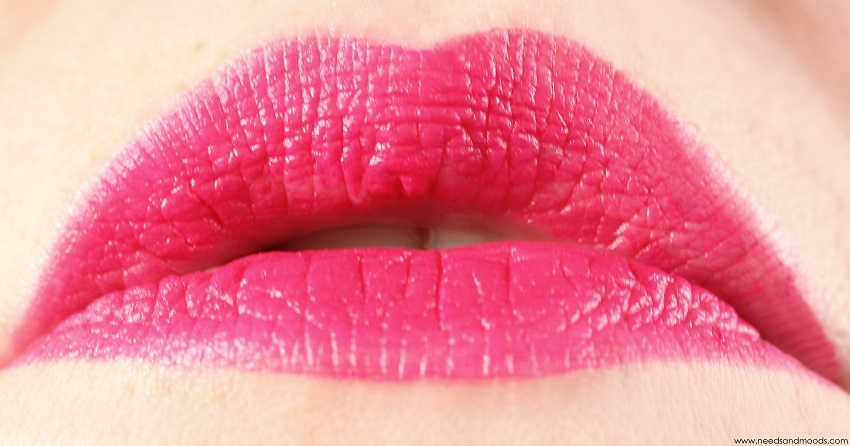 swatch lip gloss born pretty store