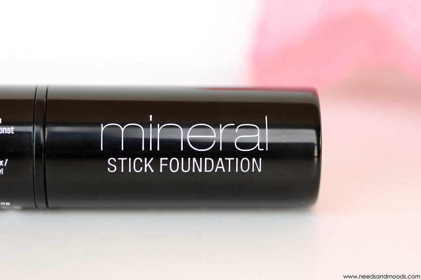 Mineral stick foundation nyx pale moyen