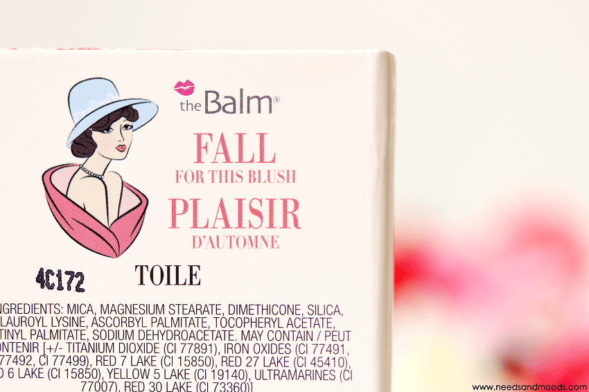 blush instain thebalm toile