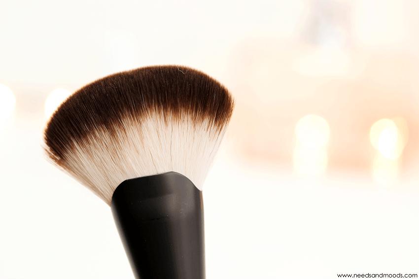 nyx cosmetics pro brushes 06