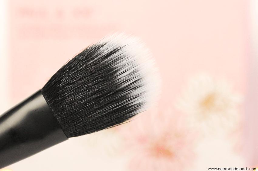 nyx cosmetics pro brushes 08