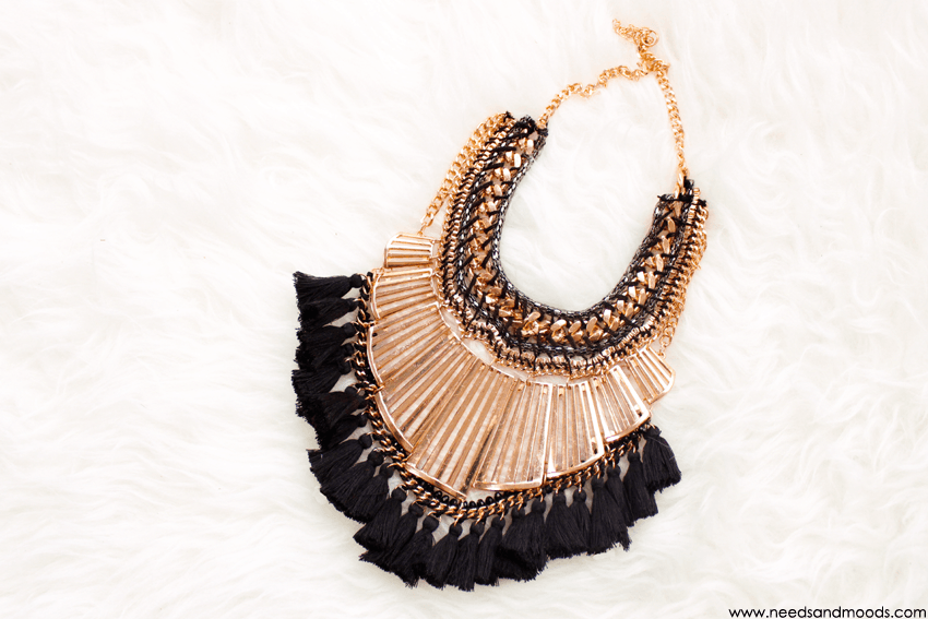 collier boohoo