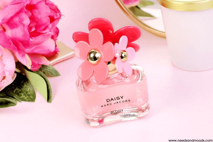 marc-jacobs-daisy-blush-revue