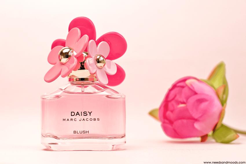 marc-jacobs-daisy-blush