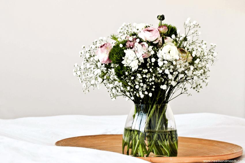 bouquet renoncule dianthus gypsophile