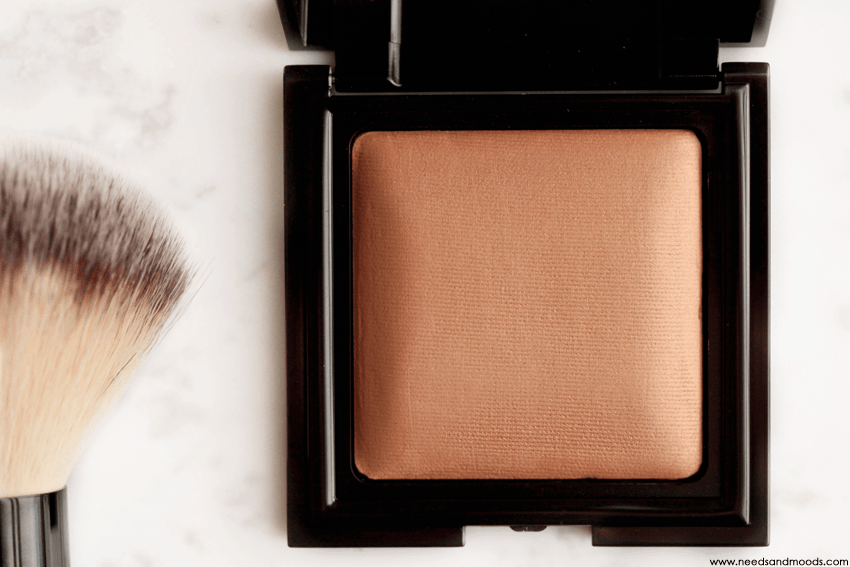 laura mercier candleglow sheer perfecting powder avis