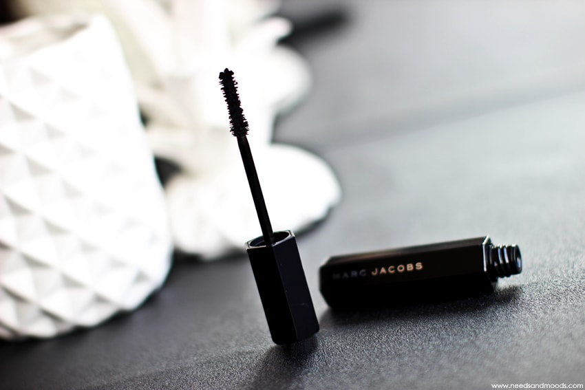 velvet noir major volume mascara marc jacobs