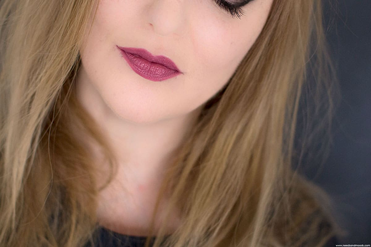 bobbi brown crushed lip color lilac swatch