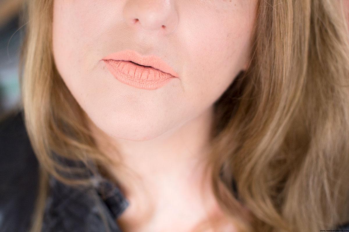 kat von d everlasting lip liner kevvy swatch
