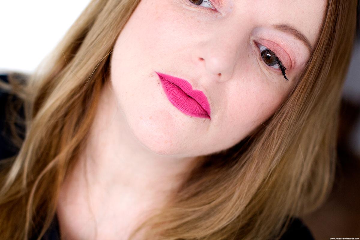 laura mercier velour extreme matte lipstick bring it