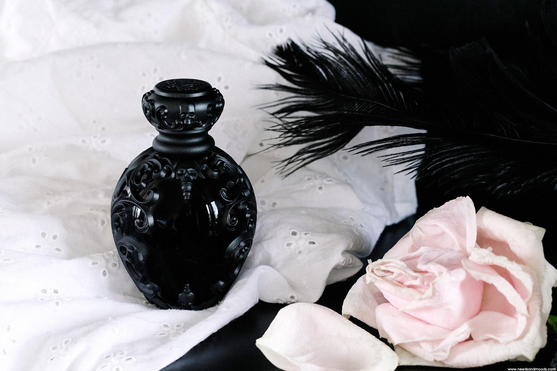kat von d sinner parfum