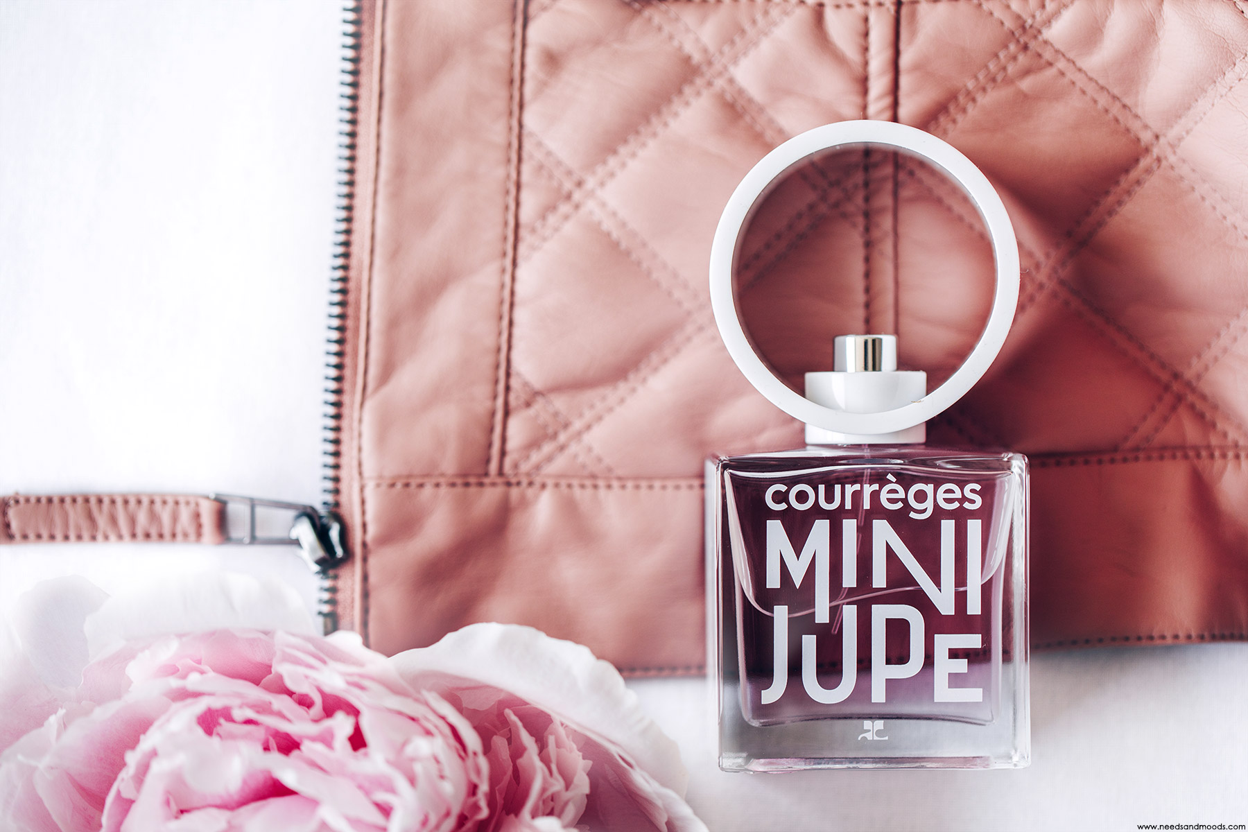 courreges mini jupe parfum avis
