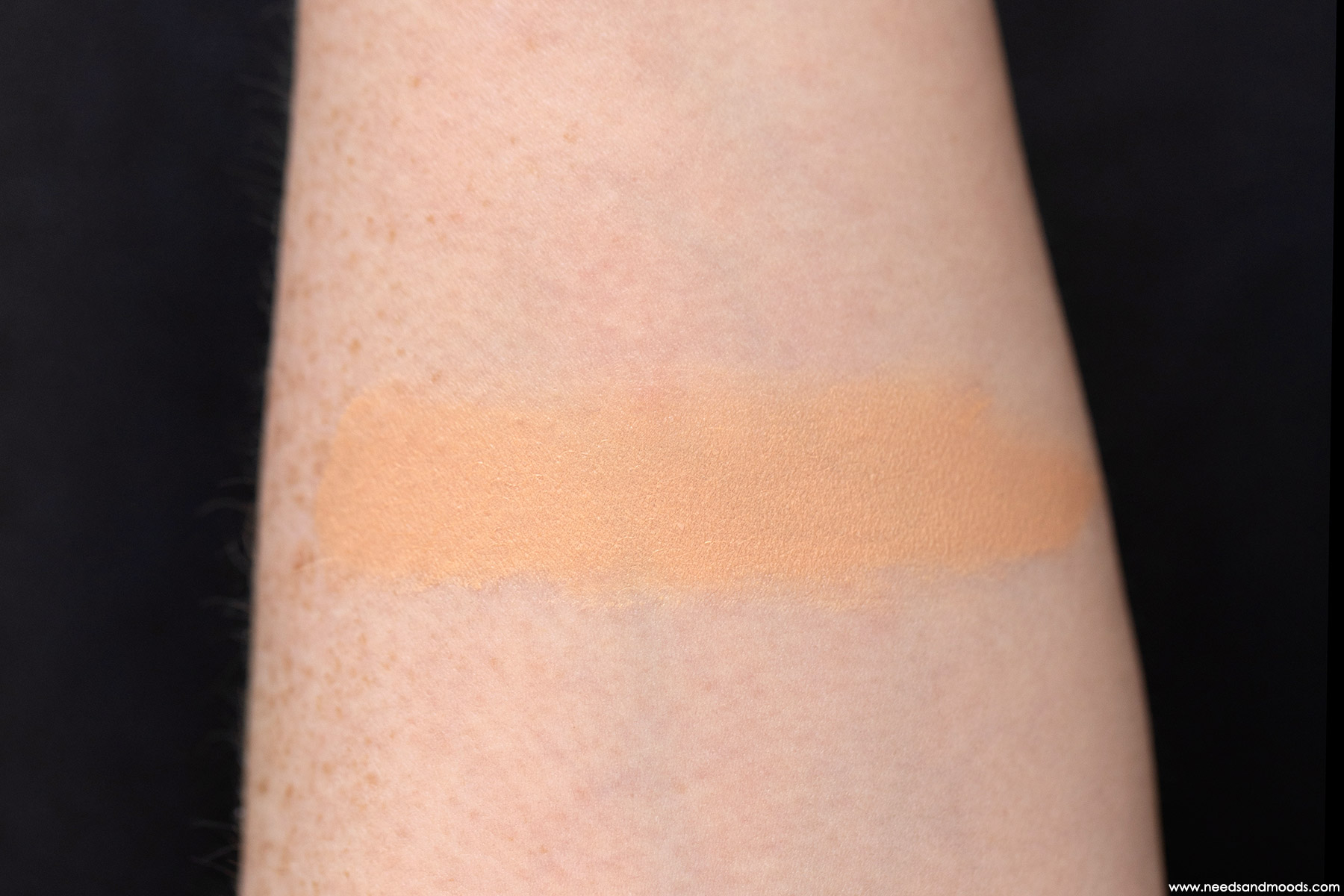 sulwhasoo-cushion-swatch-beige-moyen