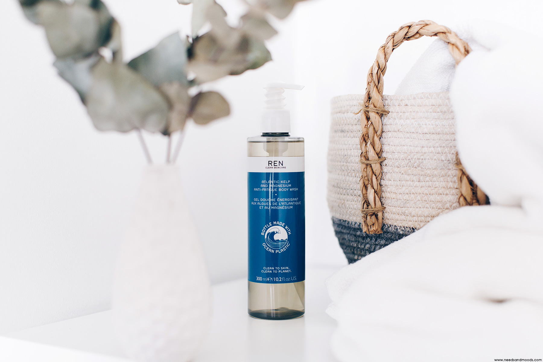 REN Clean Skincare Gel Douche Energisant