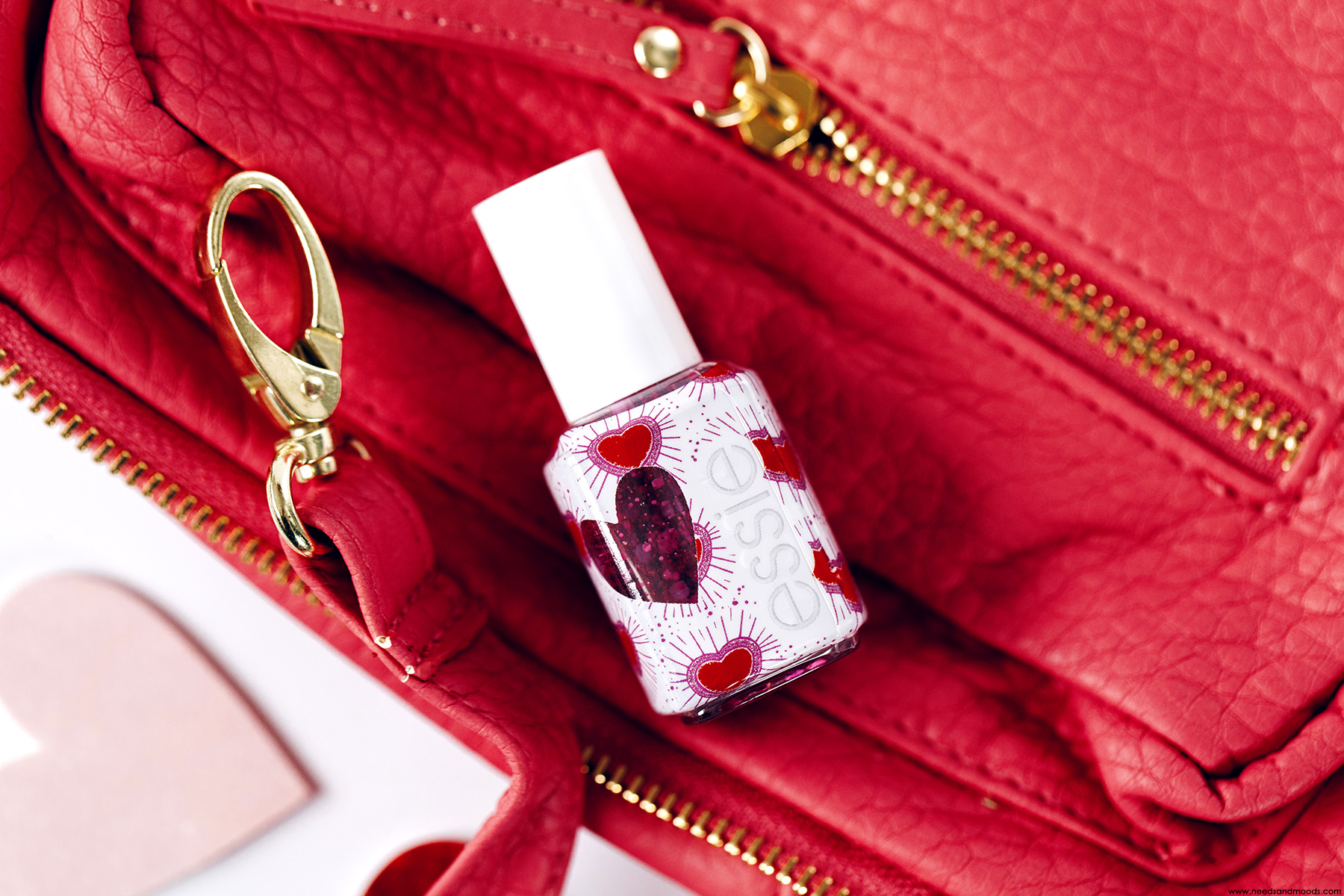 essie sparkles between us vernis