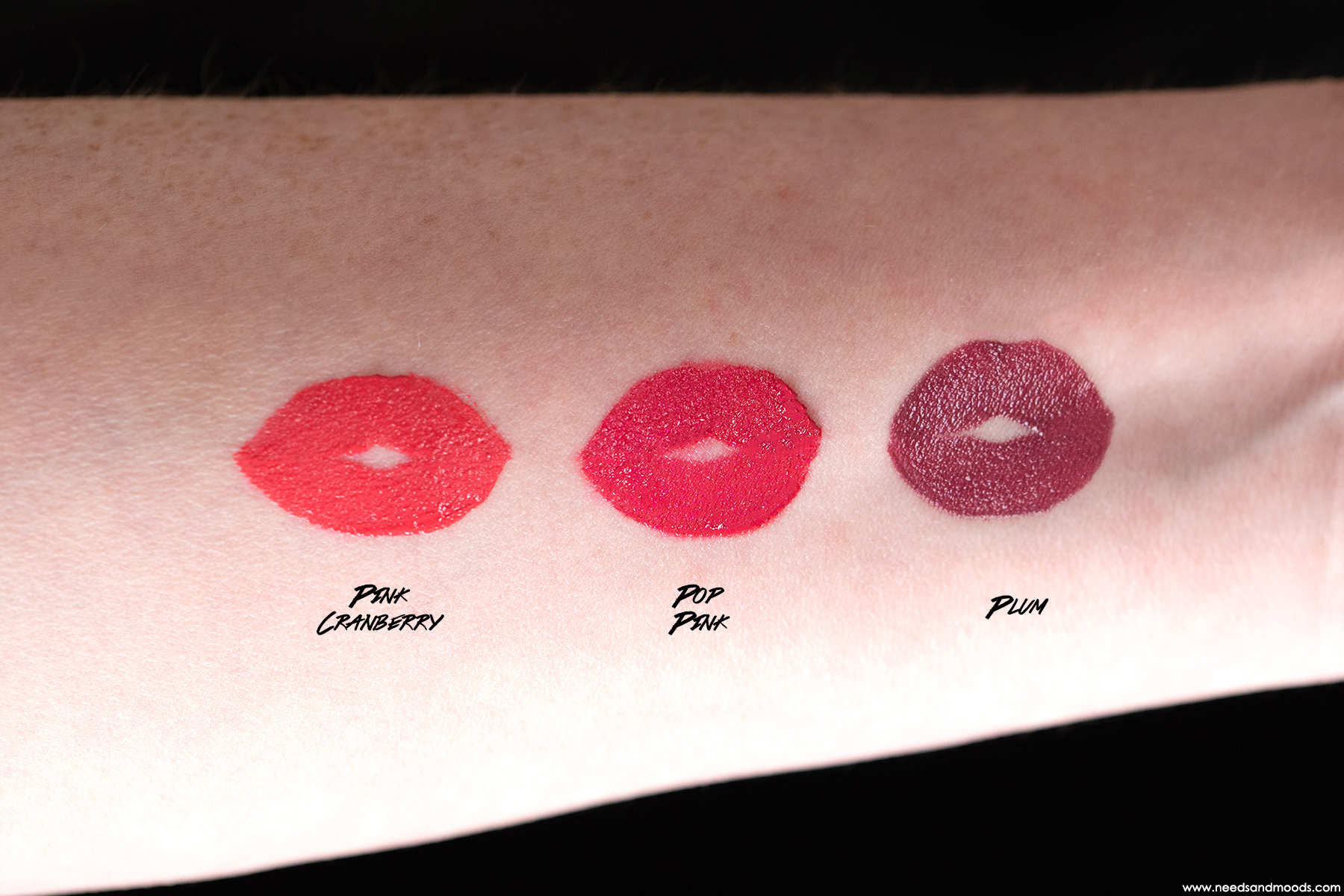 clarins-joli-rouge-lacquer-swatch