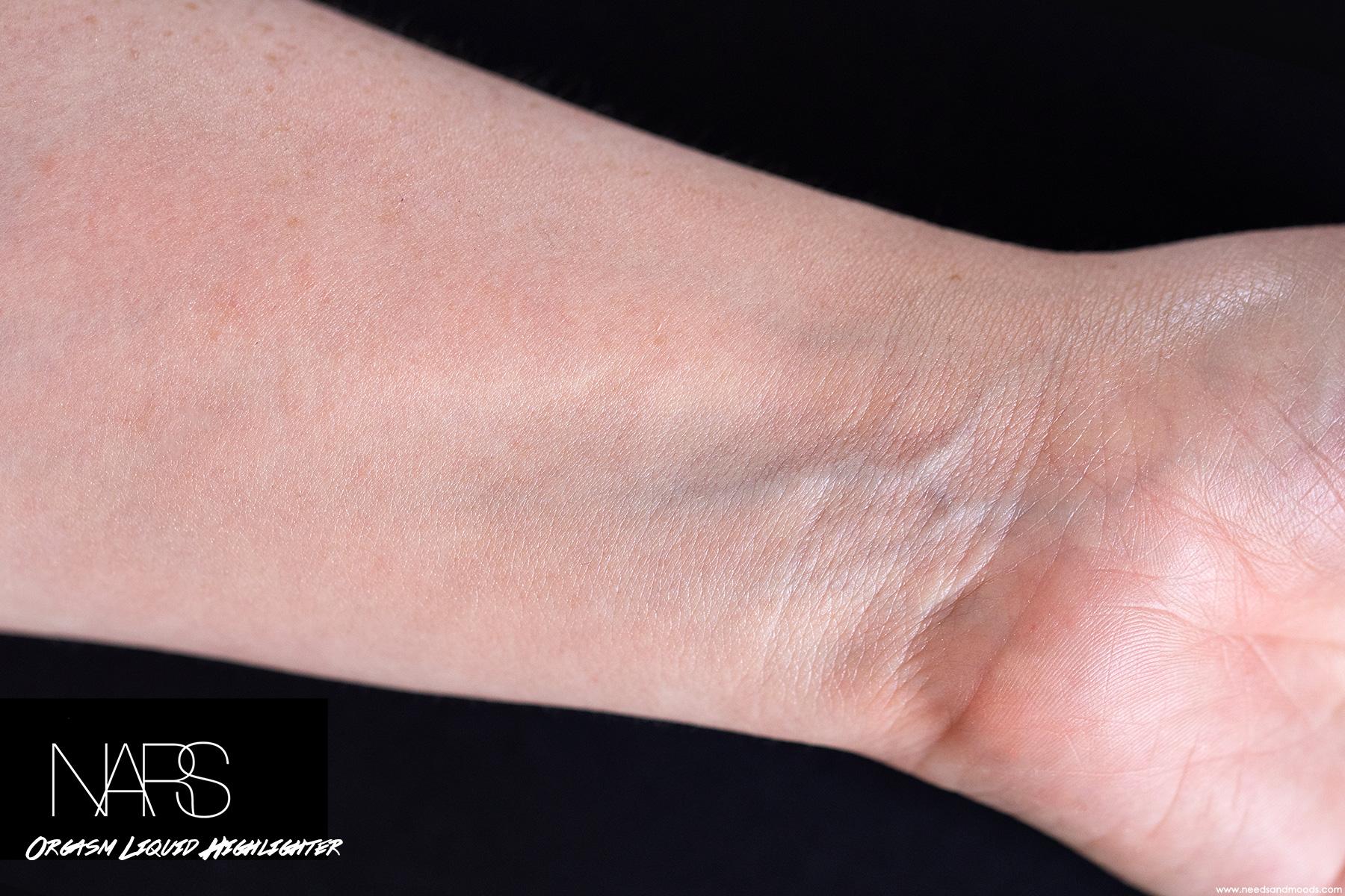 nars-orgasm-liquid-highlighter-swatch-3