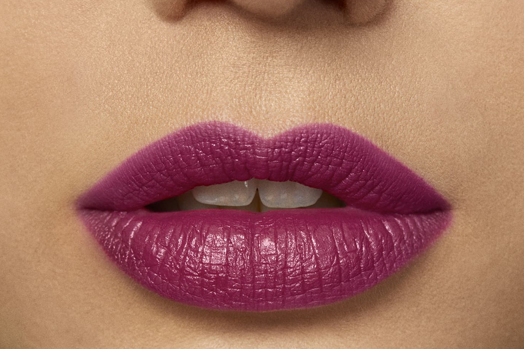 laura-mercier-rouge-essentiel-plum-sublime-swatch