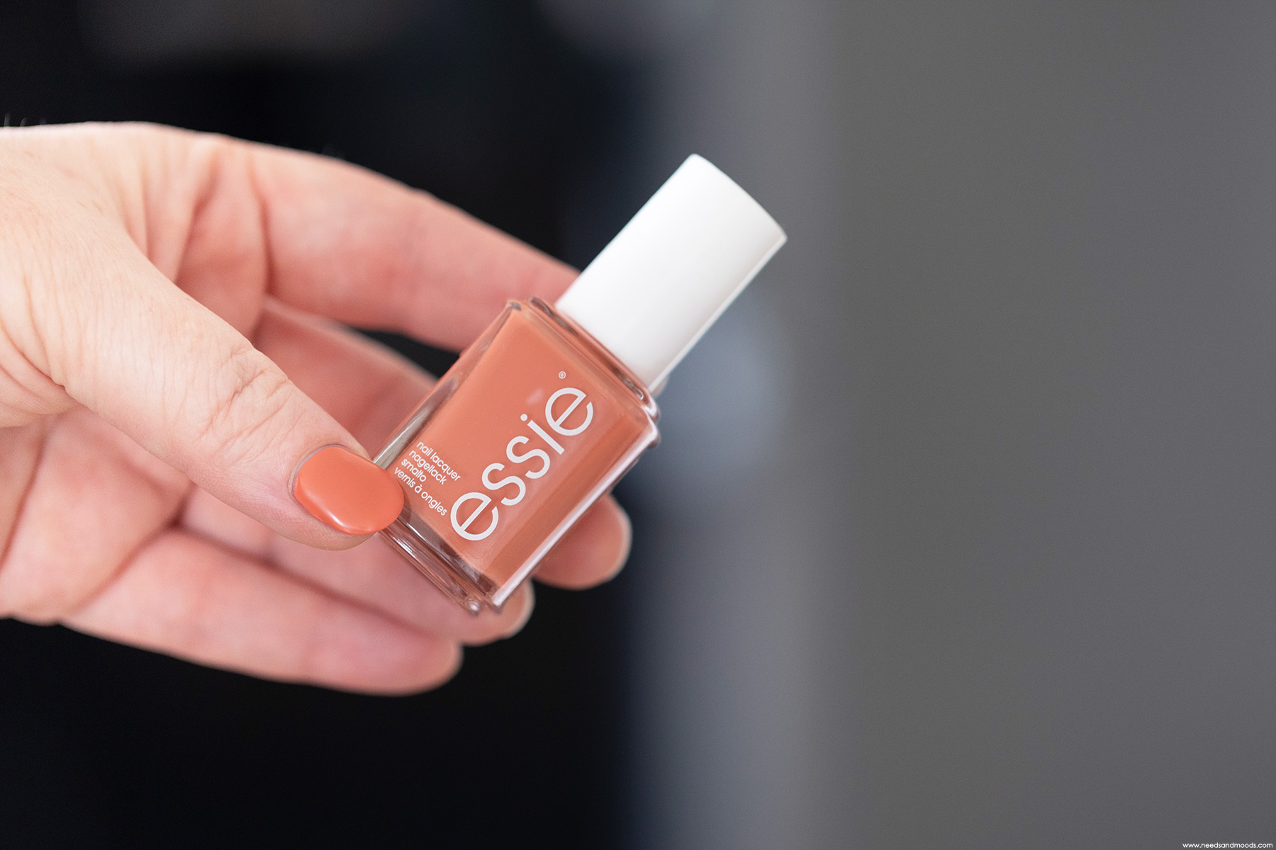 essie-claim-to-flame
