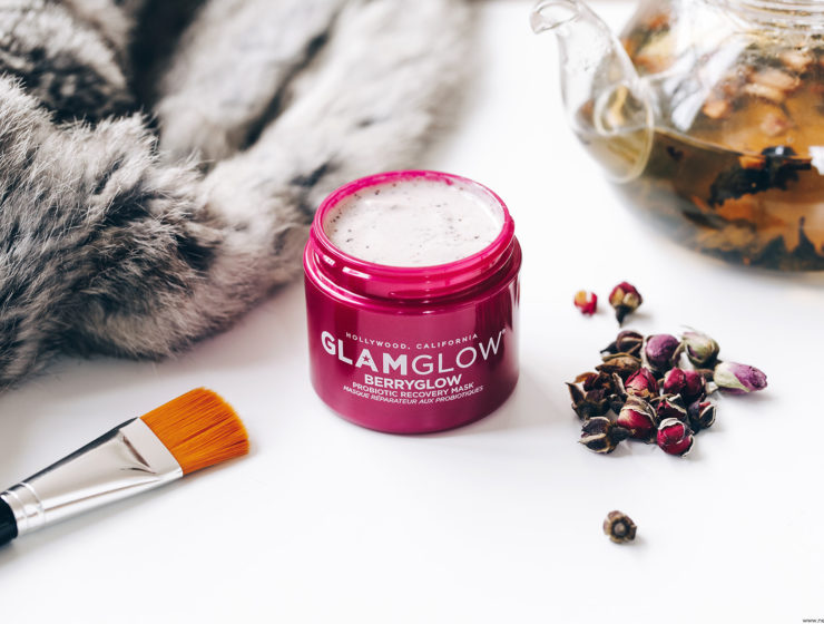 glamglow berryglow probiotic recovery mask