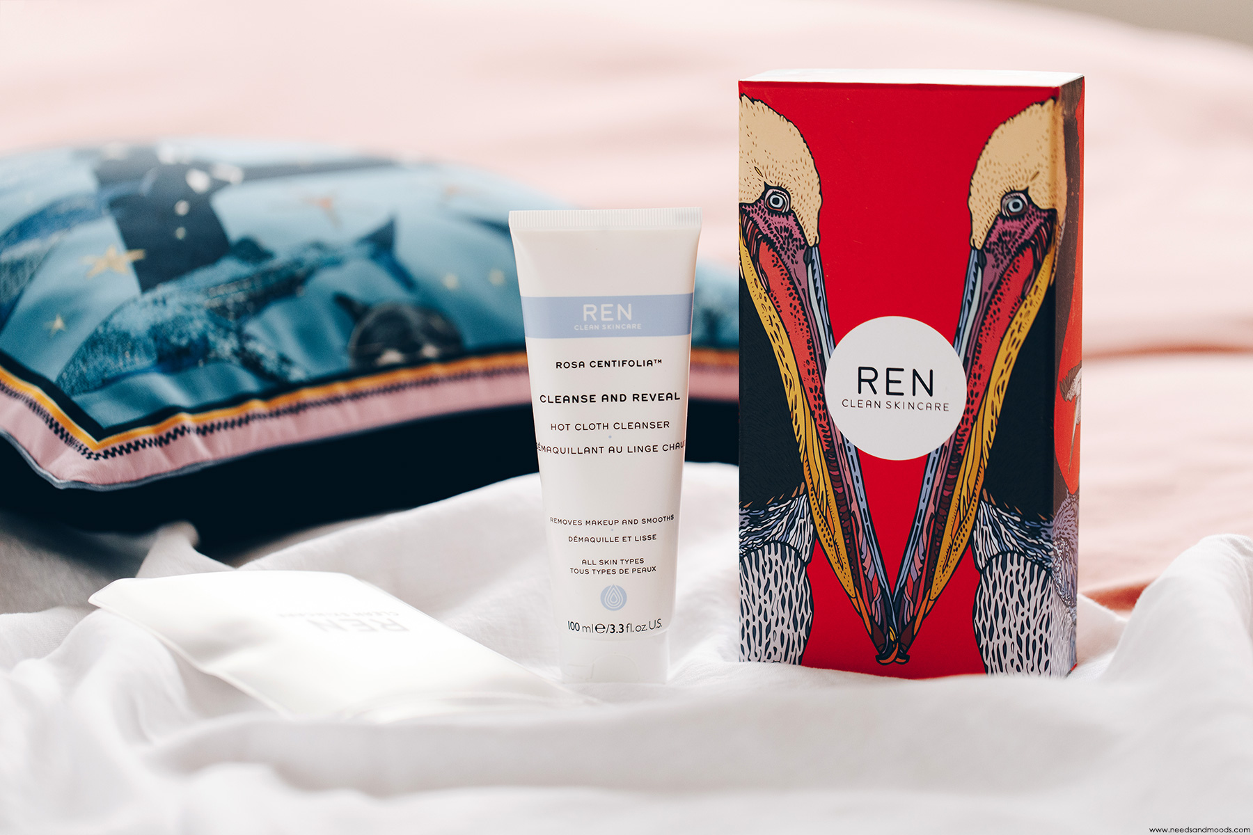ren rosa centifolia cleanse reveal hot cloth cleanser