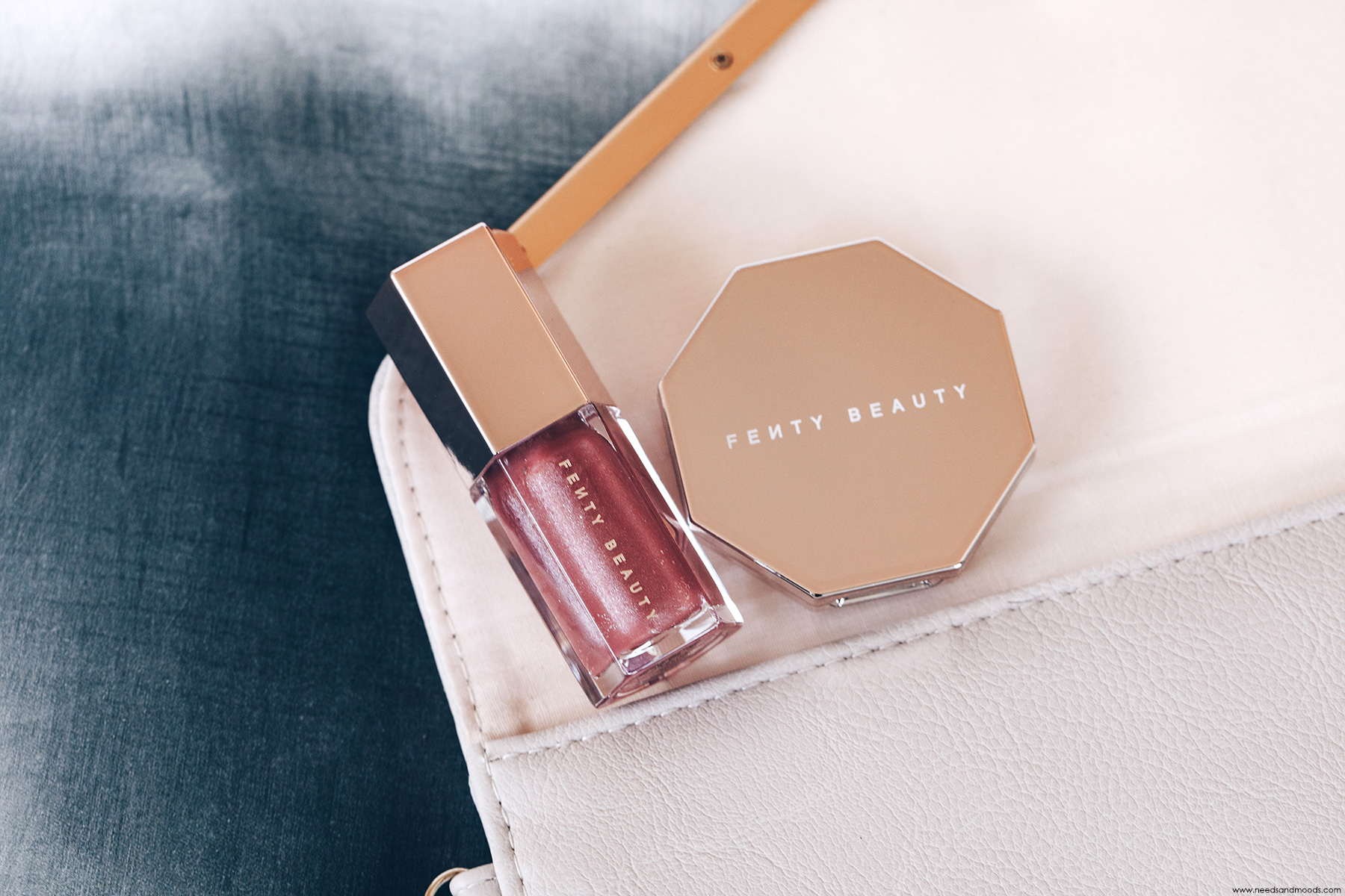 fenty beauty gloss bomb