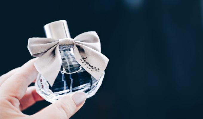 mademoiselle azzaro eau tres charmante avis