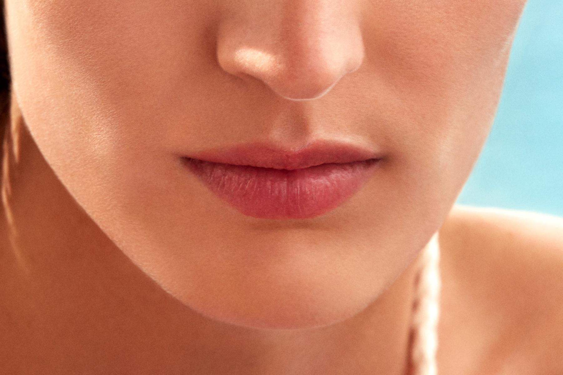 laura-mercier-eye-cheek-lip-glace-touch-oasis-swatch