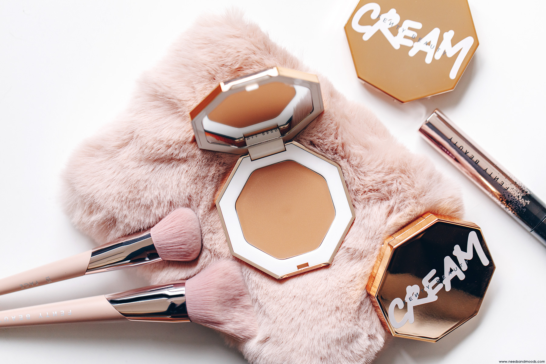 fenty beauty cheeks out freestyle bronzer creme butta biscuit