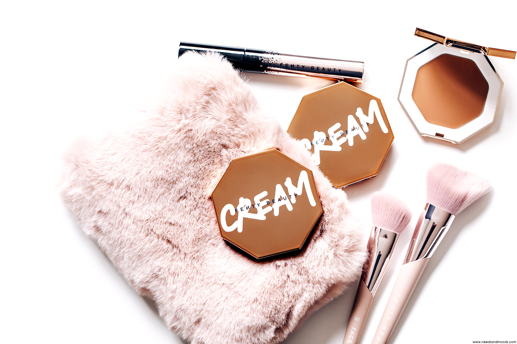 fenty-beauty-cheeks-out-freestyle-cream-bronzer