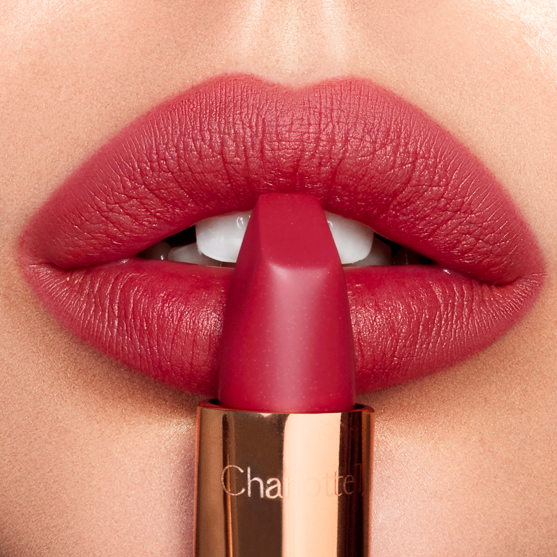charlotte-tilbury-matte-revolution-bond-girl-swatch