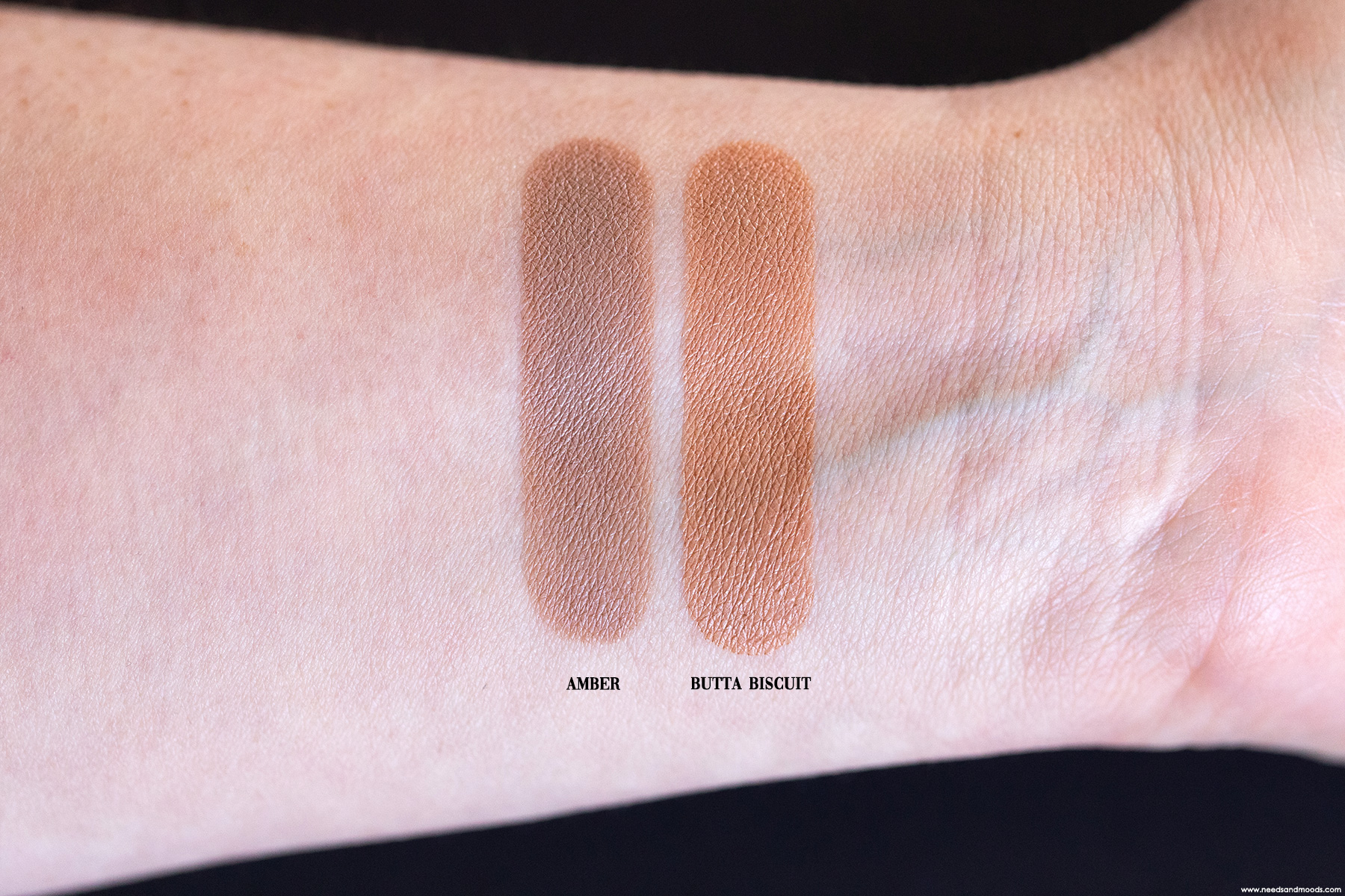 fenty-beauty-cheeks-out-freestyle-bronzer-creme-swatch-amber-butta-biscuit