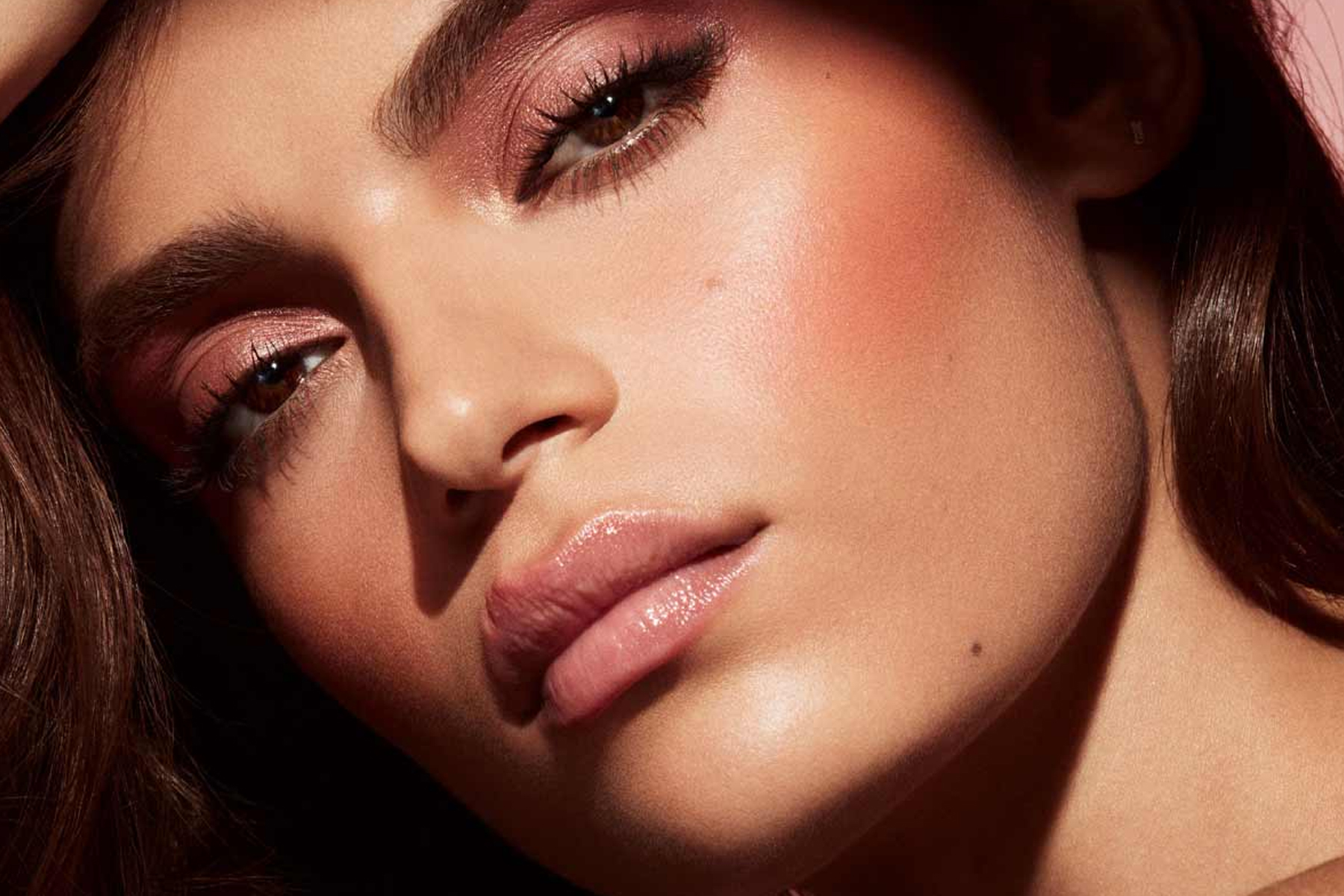 fenty-beauty-cheeks-out-freestyle-cream-blush-daiquiri-dip-swatch