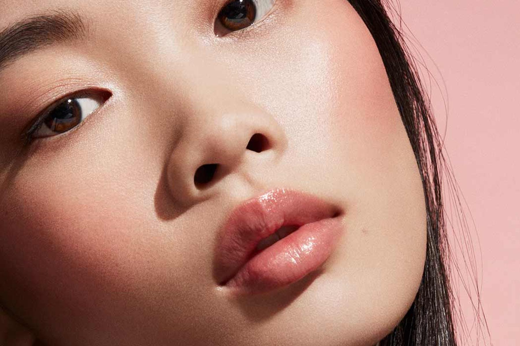 fenty-beauty-cheeks-out-freestyle-cream-blush-petal-poppin-swatch