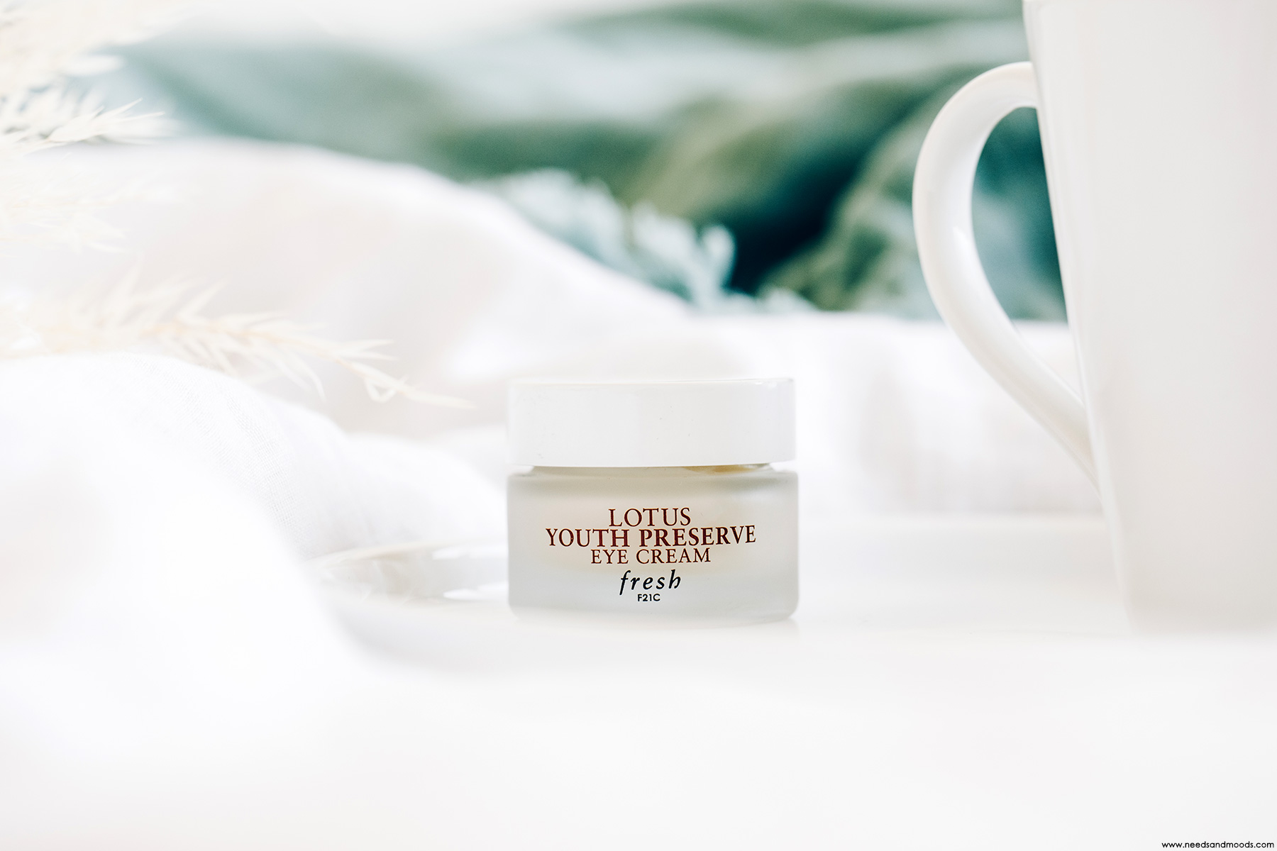 fresh beauty lotus youth preserve eye cream avis