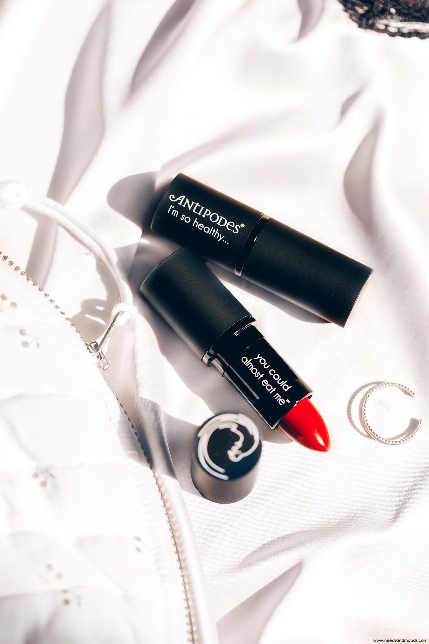 antipodes moisture boost natural lipstick avis