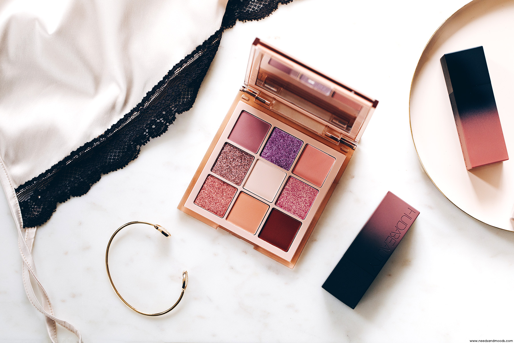 huda beauty light nude obsessions palette