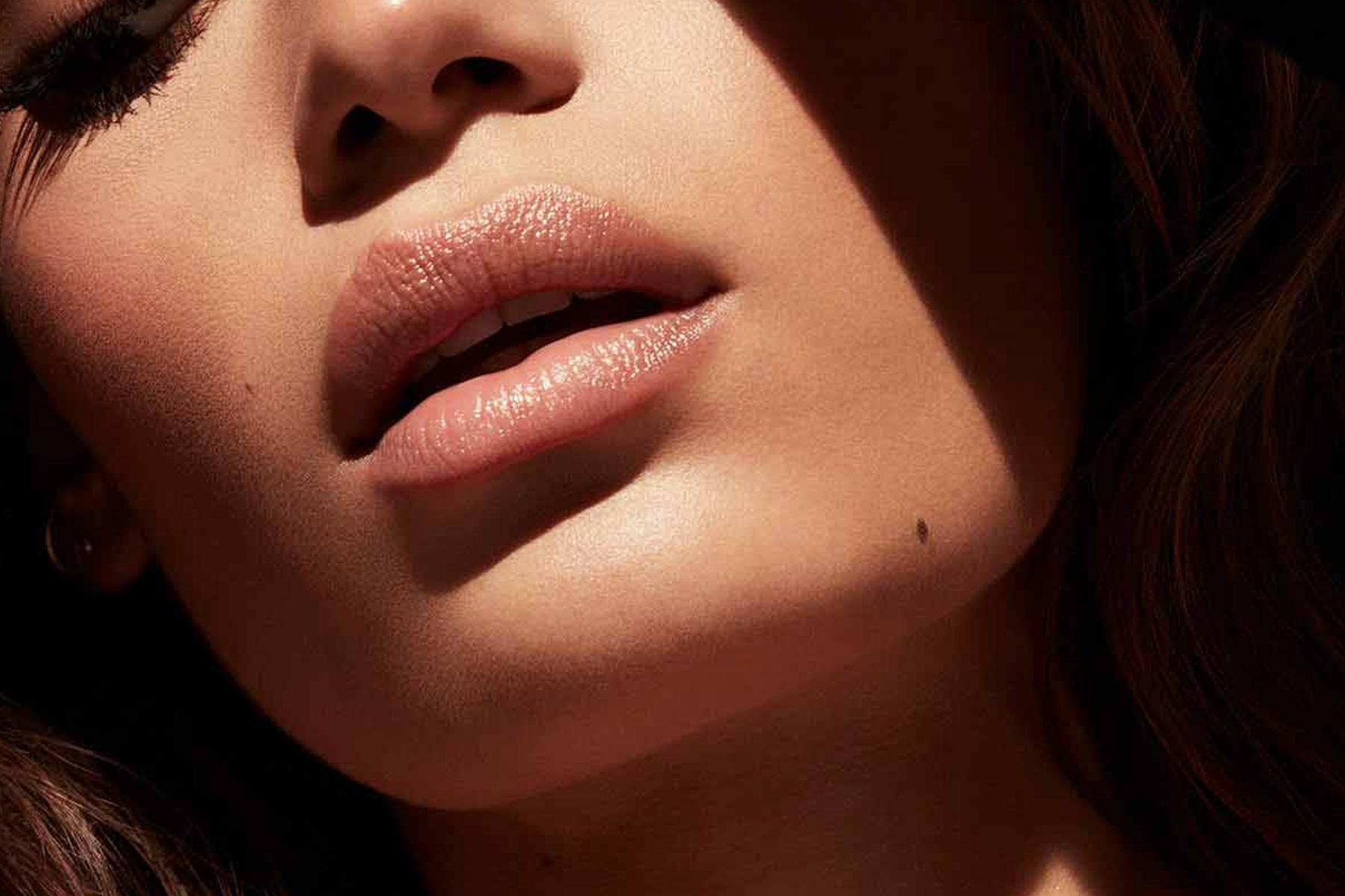 fenty beauty slip shine makeout break swatch
