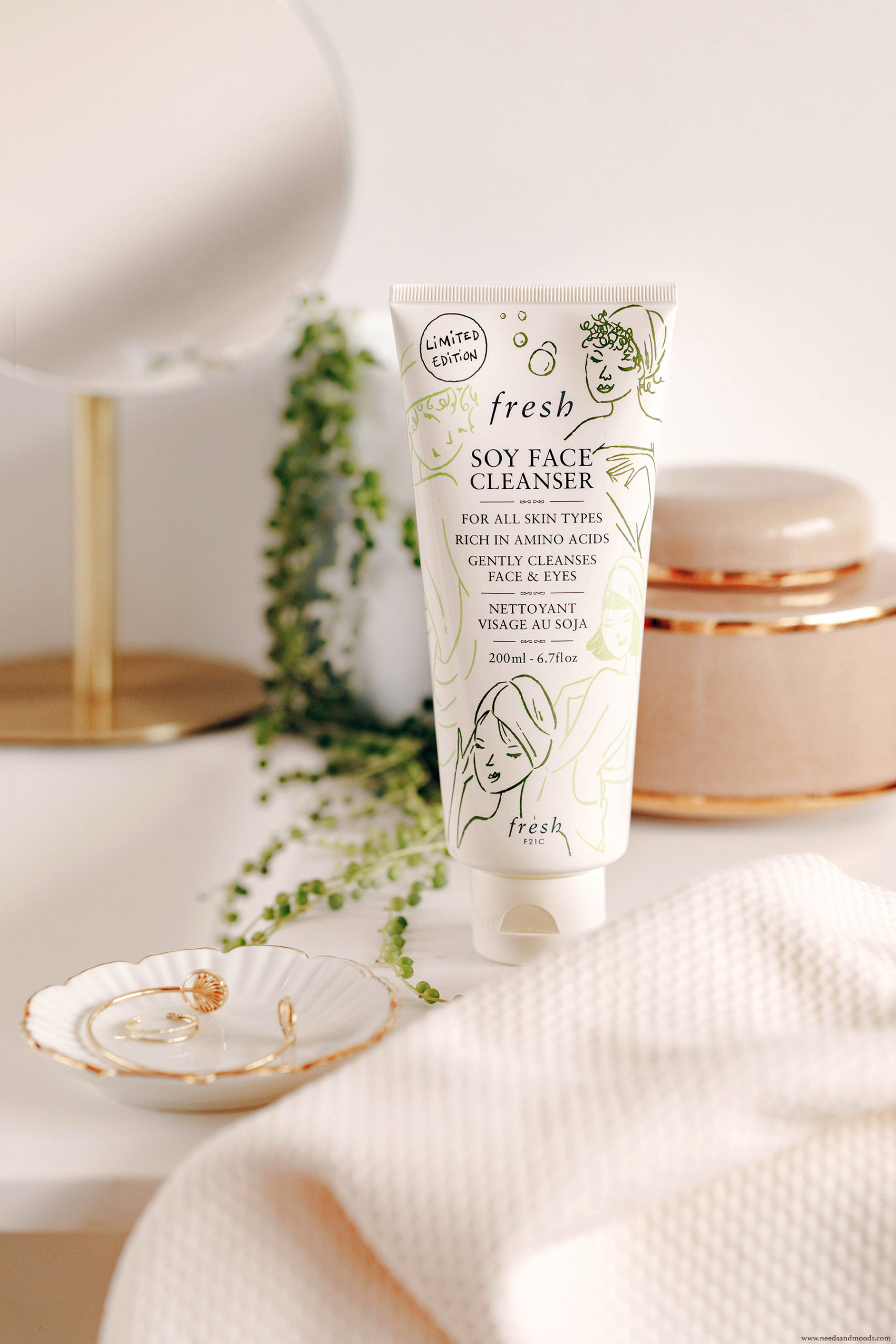 fresh beauty soy face cleanser edition limitee